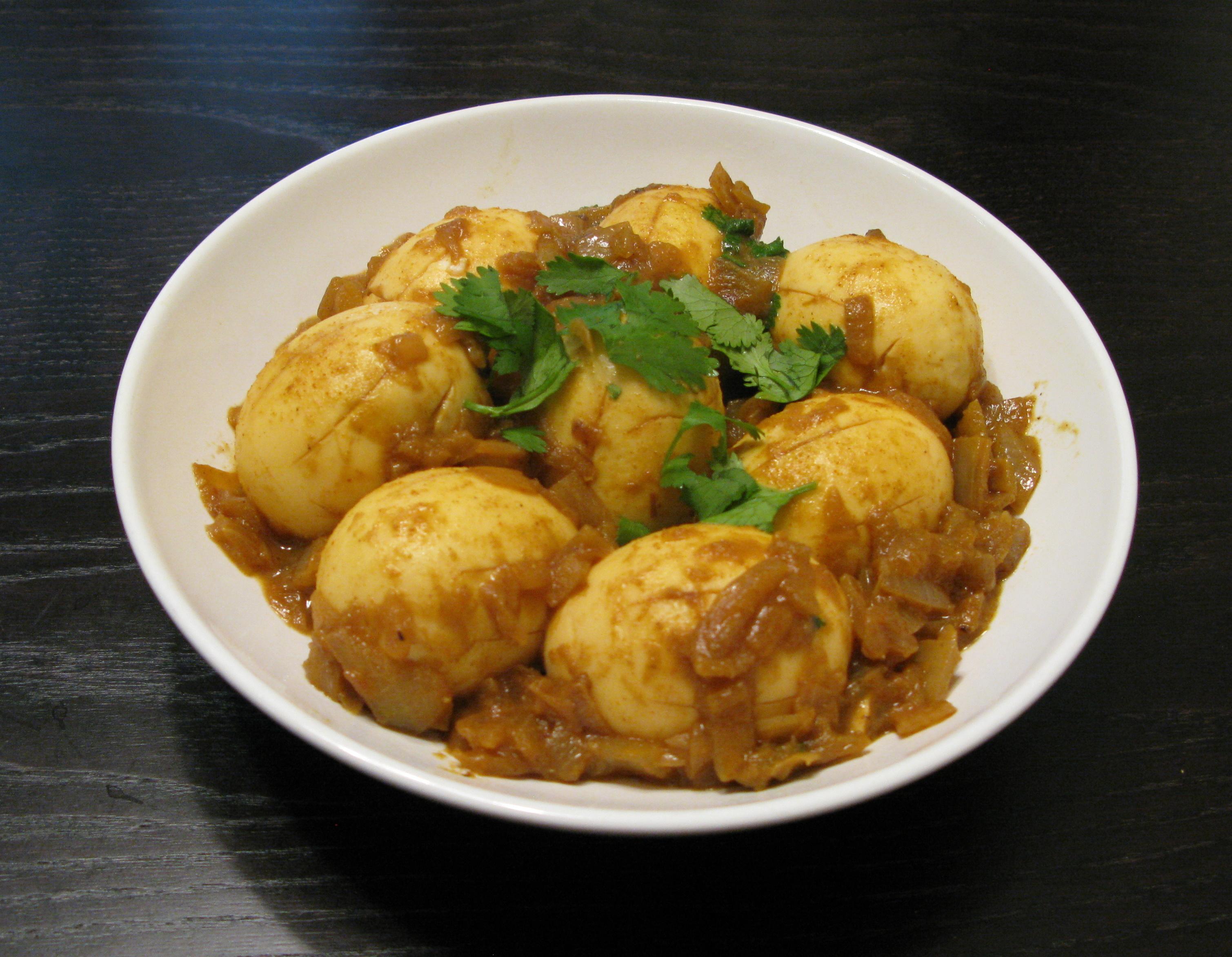 Dim Bhuna (Egg Curry) | DeshiGrub.com